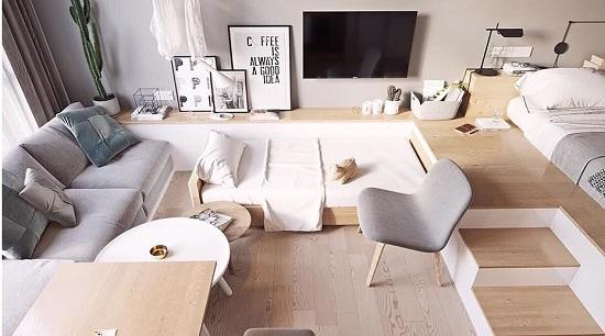 Много мебели в студии