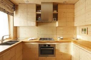 Как сделать кухню из дерева