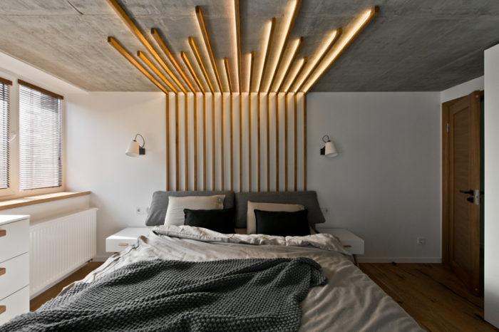 Бруски с подсветкой в современной спальне