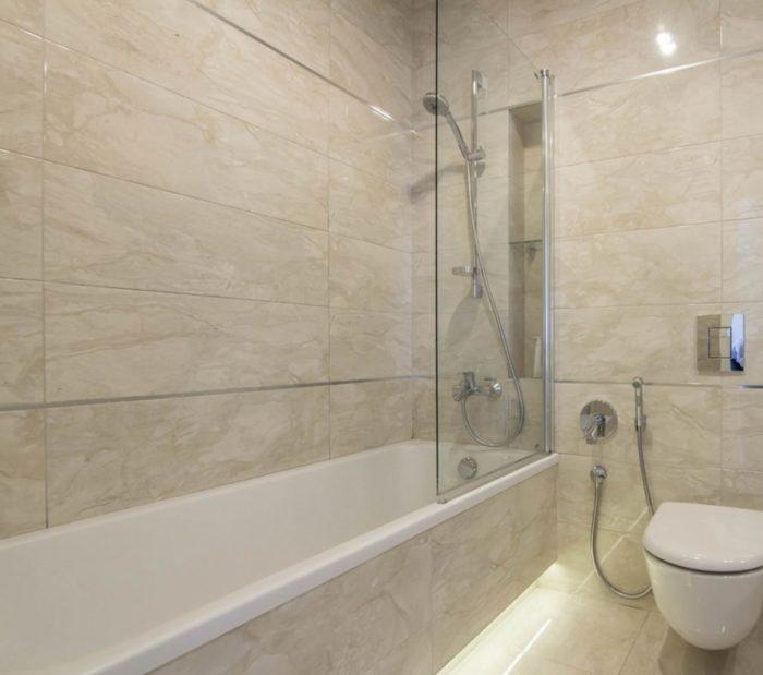 Совмещённая ванна мраморная плитка