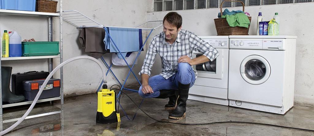 Чем удалить воду из подвала: дренажный насос