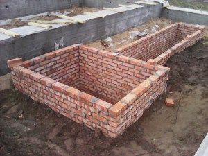 Стены подвала из керамического кирпича