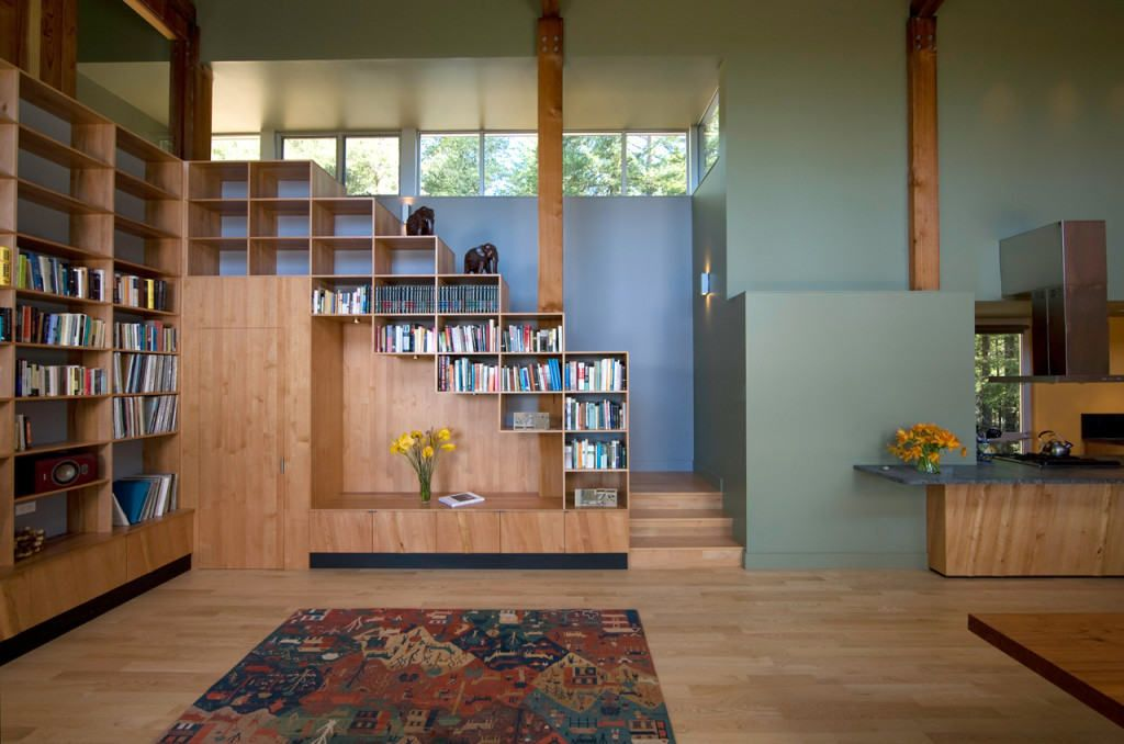 Варианты стеллажных полок для домашнего и офисного использования