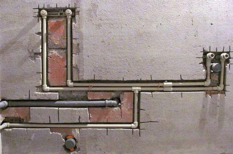 Монтаж скрытой последовательной системы водоснабжения