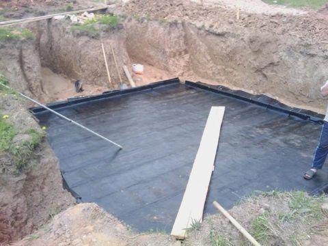 Раскладка рулонной гидроизоляции под монолитную плиту