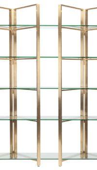 Легкий стеллаж-перегородка из стекла и деревянных стоек