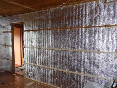 Облицовка потолка стен вагонкой поверх утепления пенофолом