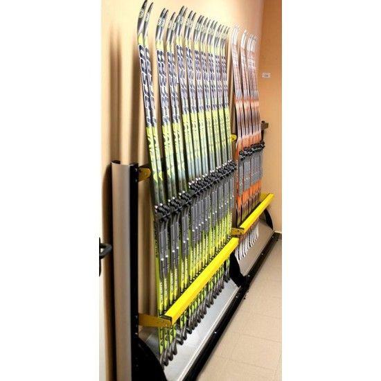 Многоместный стеллаж для хранения лыж в вертикальном положении
