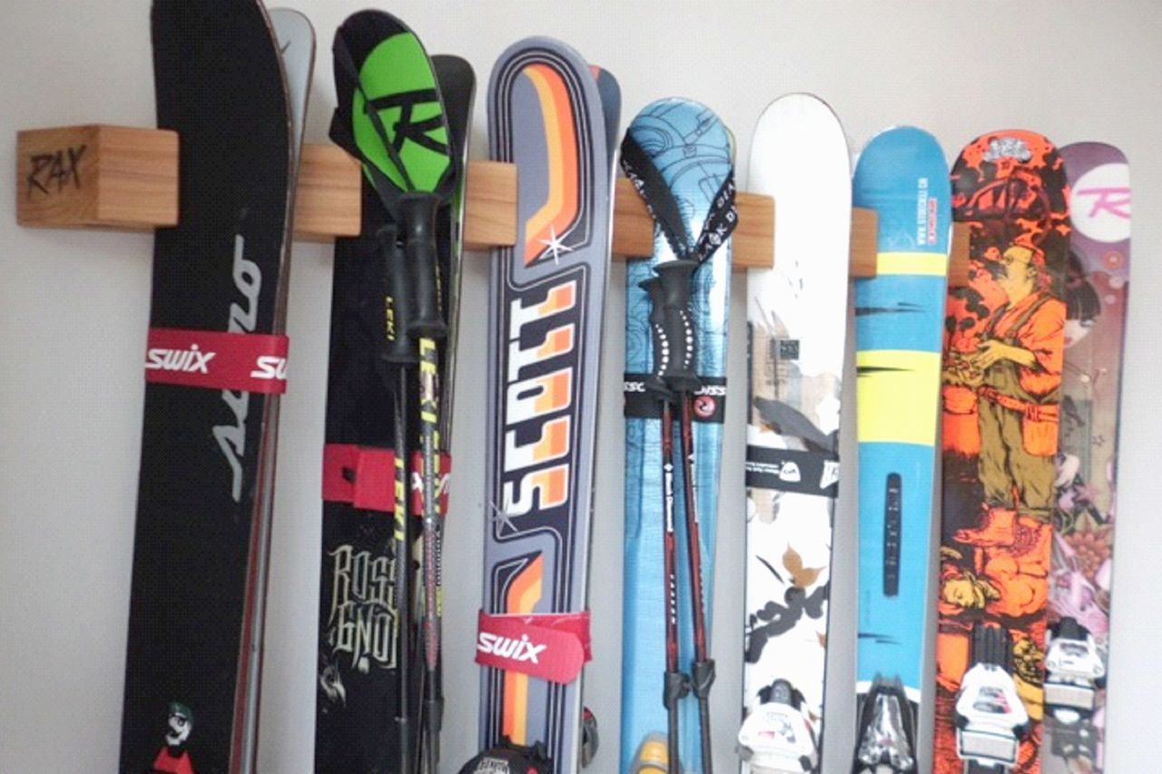 Деревянный брусок для крепления лыж