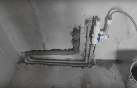 Кухонная канализация проложена в штробе