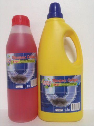 Бытовая химия для прочистки засоров представляет собой растворы кислот и щелочей