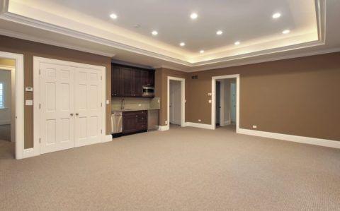 Ковролин – один из лучших вариантов для жилого цокольного этажа