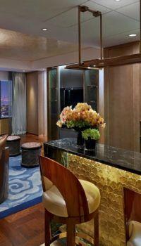 Цокольный этаж, комната отдыха – дизайн с потолочным зонированием