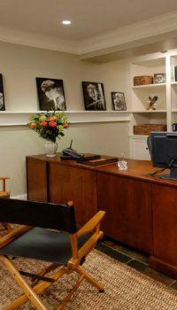 Домашний кабинет: вариант обустройства цокольного помещения