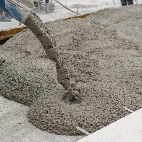 Лучше заказать на РБУ товарный бетон нужной марки