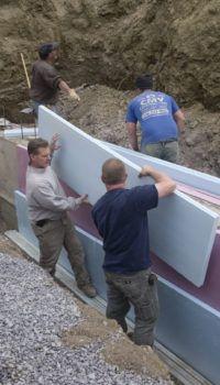 Материалы для цокольного этажа: для утепления фундаментов наиболее удобен плитный материал