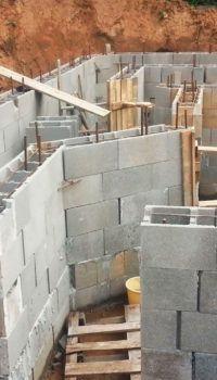 Несъёмная опалубка из блоков УДБ – отличный материал для возведения цокольного этажа