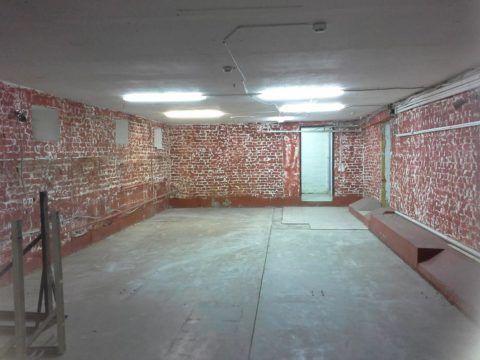 Стены готовы к дальнейшей отделке, полы залиты