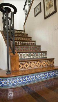 Декоративная отделка подступенков керамикой - эклектика
